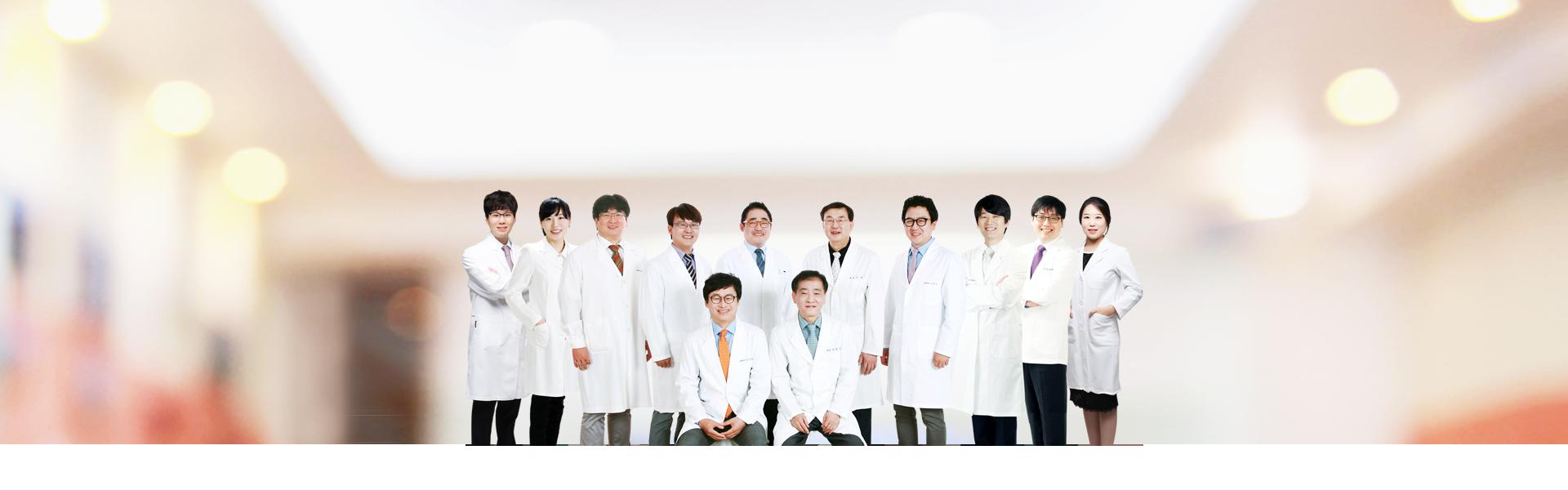 2016홈페이지-메인-로테이션-이미지-원장님-수정_pc